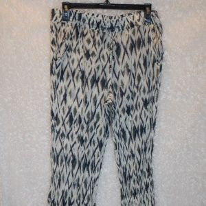 Gap Ladies thin leggins size Med no stretch
